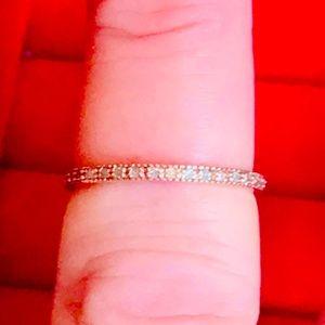 NWOT .25 CTW GENUINE DIAMOND ETERNITY BAND